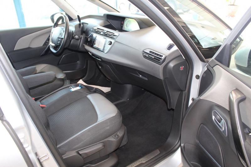Photo 4 de l'offre de CITROEN GRAND C4 PICASSO BLUEHDI 150CH EXCLUSIVE S&S EAT6 à 12900€ chez BMC Autos 47