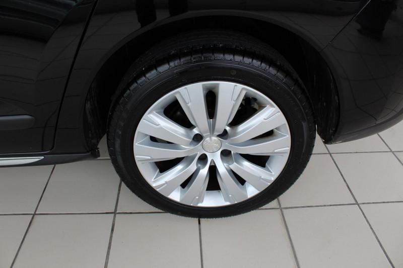 Photo 19 de l'offre de PEUGEOT 3008 1.6 BLUEHDI 120CH ALLURE S&S à 9900€ chez BMC Autos 47