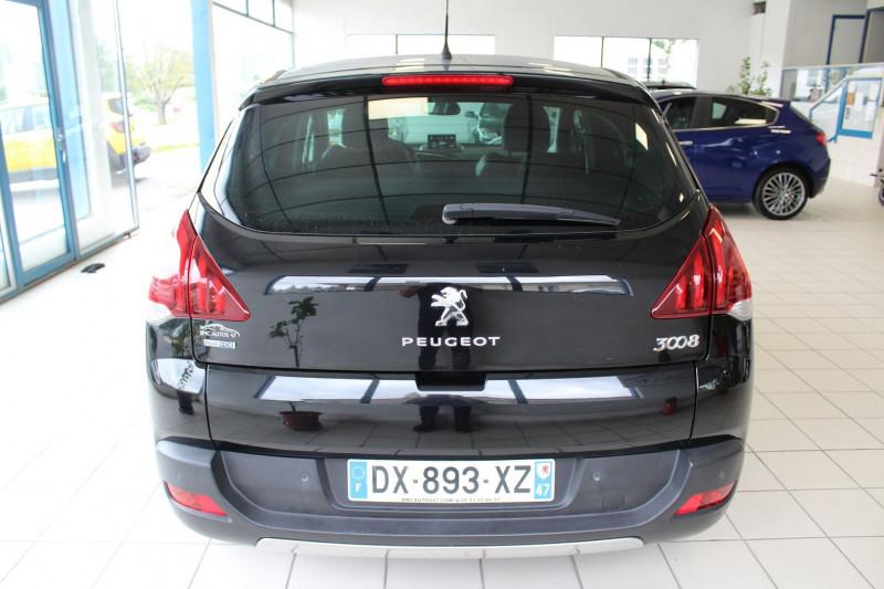 Photo 15 de l'offre de PEUGEOT 3008 1.6 BLUEHDI 120CH ALLURE S&S à 9900€ chez BMC Autos 47