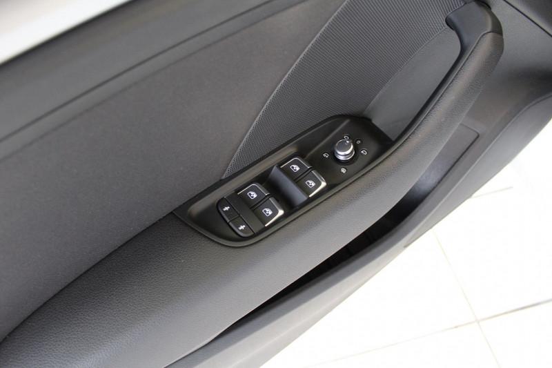 Photo 18 de l'offre de AUDI A3 SPORTBACK 1.6 TDI 110CH BUSINESS LINE à 14990€ chez BMC Autos 47