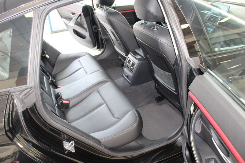 Photo 17 de l'offre de BMW SERIE 4 GRAN COUPE (F36) 420DA 190CH SPORT à 25900€ chez BMC Autos 47