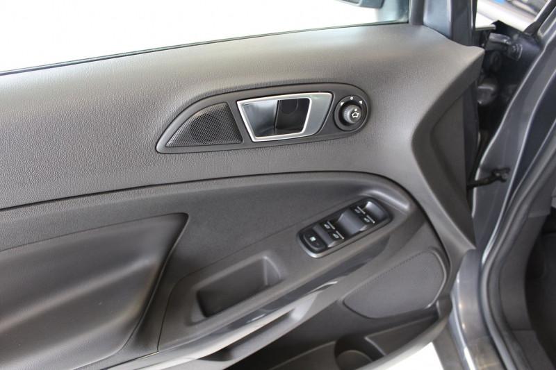 Photo 16 de l'offre de FORD ECOSPORT 1.5 TDCI 95CH FAP TITANIUM à 12800€ chez BMC Autos 47
