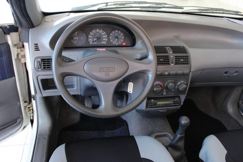 Photo 7 de l'offre de FIAT PUNTO CAB 60 S à 2900€ chez BMC Autos 47