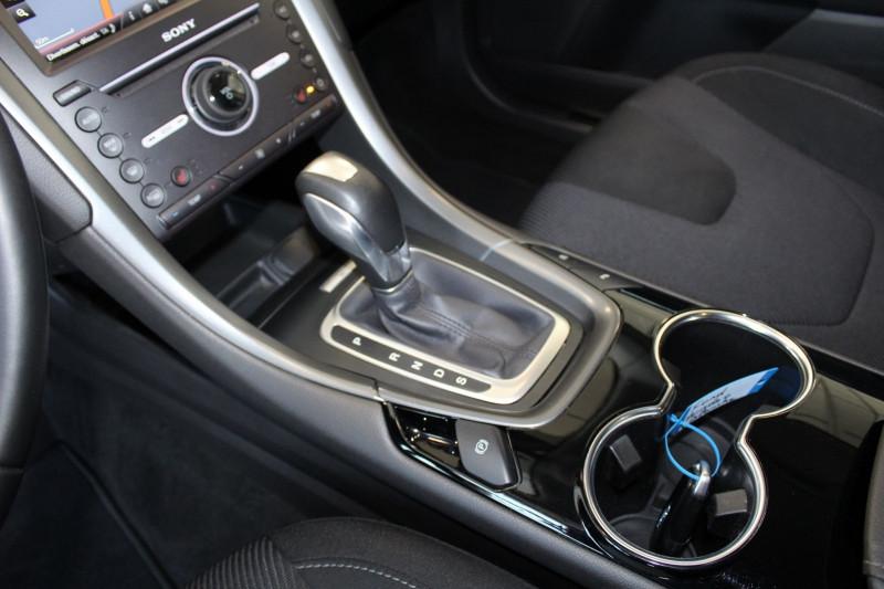 Photo 16 de l'offre de FORD MONDEO 2.0 TDCI 180CH TITANIUM POWERSHIFT 5P à 14800€ chez BMC Autos 47