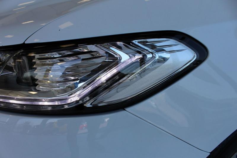 Photo 21 de l'offre de FORD MONDEO 2.0 TDCI 180CH TITANIUM POWERSHIFT 5P à 14800€ chez BMC Autos 47