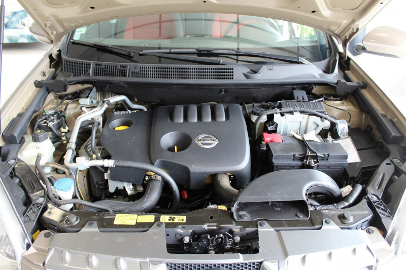 Photo 10 de l'offre de NISSAN QASHQAI 1.5 DCI 106CH ACENTA à 6990€ chez BMC Autos 47