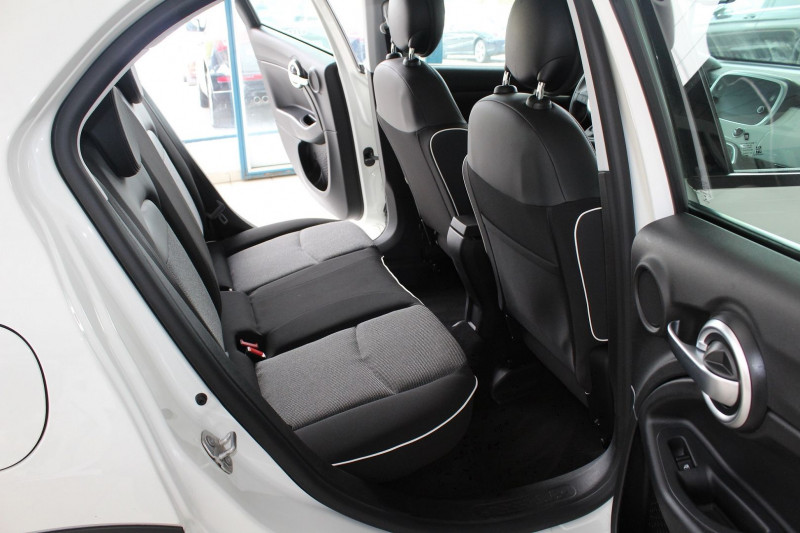 Photo 10 de l'offre de FIAT 500X 1.6 MULTIJET 16V 120CH POPSTAR BUSINESS à 14990€ chez BMC Autos 47