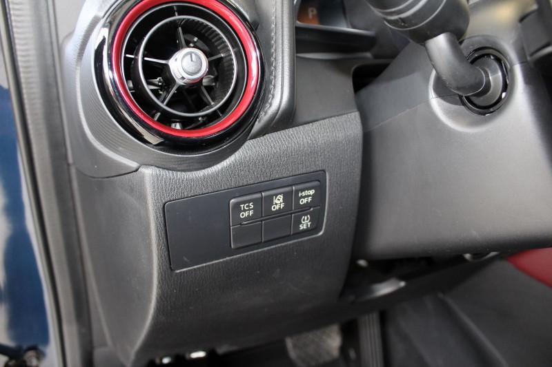 Photo 19 de l'offre de MAZDA CX-3 2.0 SKYACTIV-G 120 SIGNATURE BVA à 17990€ chez BMC Autos 47