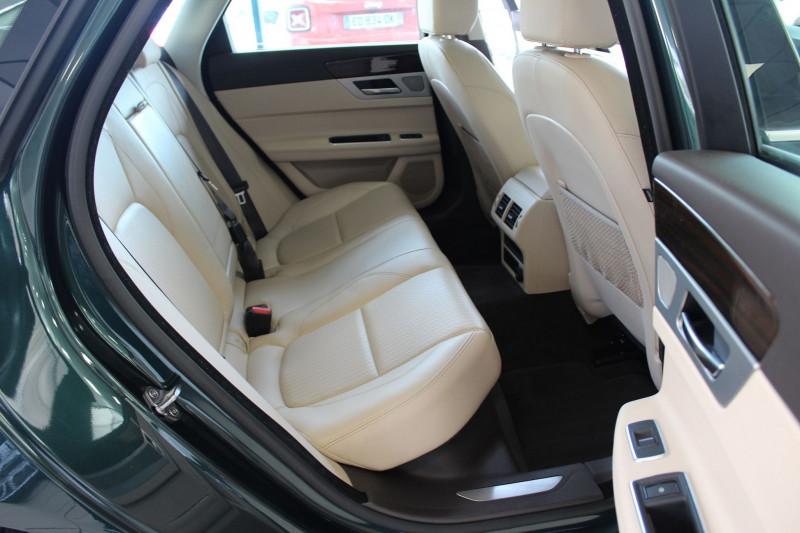 Photo 13 de l'offre de JAGUAR XF 2.0D 180CH PRESTIGE AWD BVA à 19990€ chez BMC Autos 47