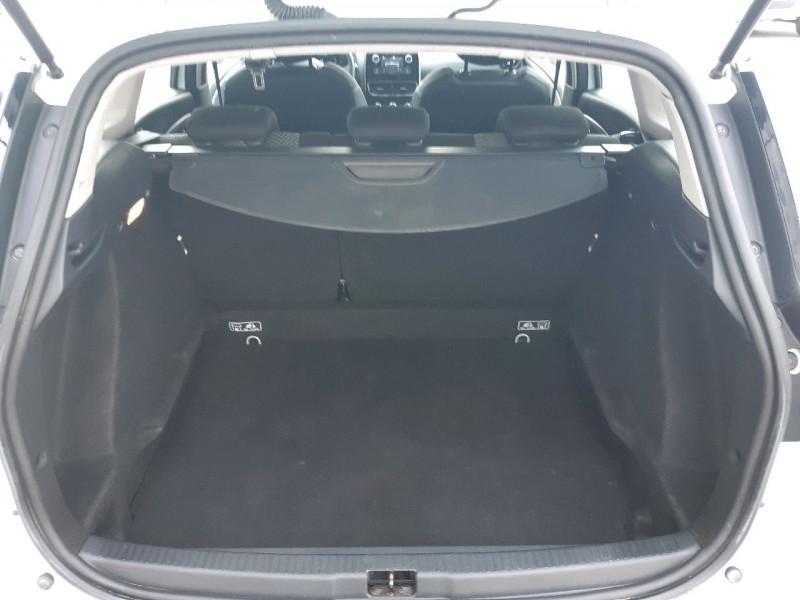 Photo 4 de l'offre de RENAULT CLIO IV ESTATE 1.5 DCI 90CH ENERGY ZEN EURO6C à 9790€ chez Carlyss automobiles Vitré