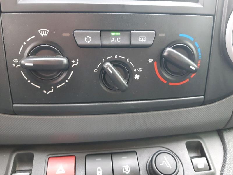 Photo 9 de l'offre de CITROEN BERLINGO M 1.6 BLUEHDI 100 CLUB à 13990€ chez Carlyss automobiles Vitré