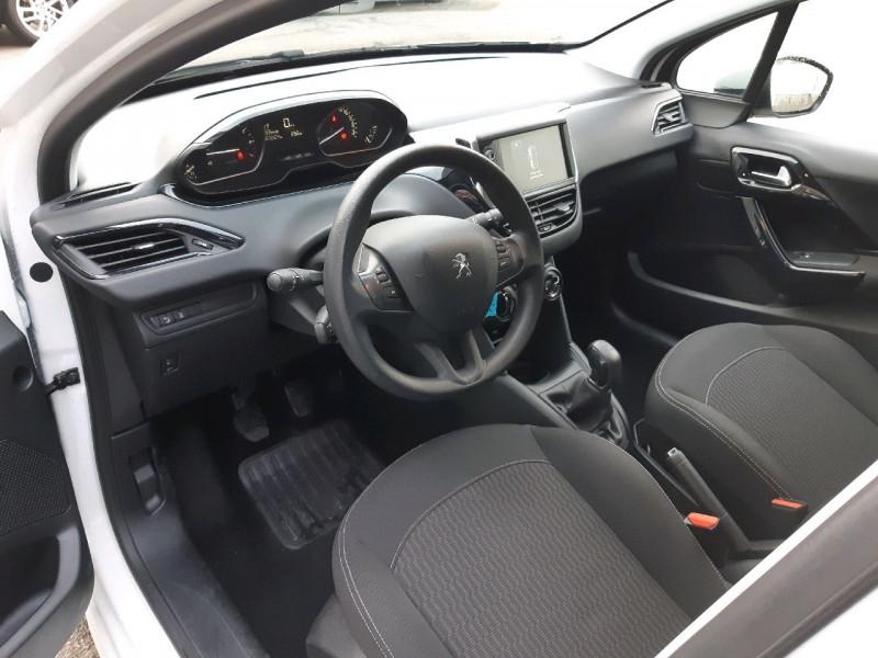 Photo 6 de l'offre de PEUGEOT 208 1.2 PURETECH 68CH ACTIVE 5P à 9790€ chez Carlyss automobiles Vitré