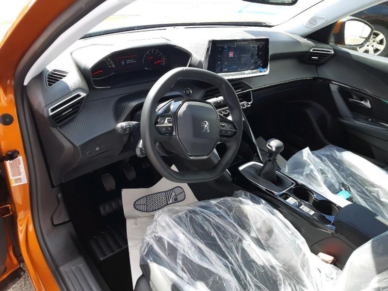 Photo 6 de l'offre de PEUGEOT 2008 1.2 PURETECH 100CH S&S ALLURE PACK à 22490€ chez Carlyss automobiles Vitré