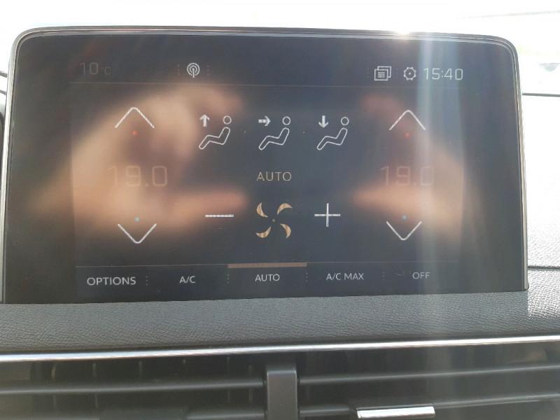 Photo 10 de l'offre de PEUGEOT 3008 1.5 BLUEHDI 130CH E6.C GT LINE S&S  6CV à 26790€ chez Carlyss automobiles Vitré