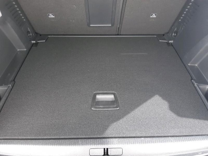 Photo 8 de l'offre de PEUGEOT 3008 1.5 BLUEHDI 130CH E6.C GT LINE S&S  6CV à 26790€ chez Carlyss automobiles Vitré