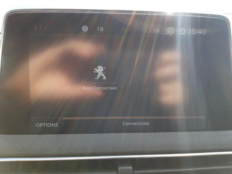 Photo 13 de l'offre de PEUGEOT 3008 1.5 BLUEHDI 130CH E6.C GT LINE S&S  6CV à 26790€ chez Carlyss automobiles Vitré