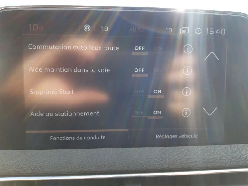 Photo 12 de l'offre de PEUGEOT 3008 1.5 BLUEHDI 130CH E6.C GT LINE S&S  6CV à 26790€ chez Carlyss automobiles Vitré