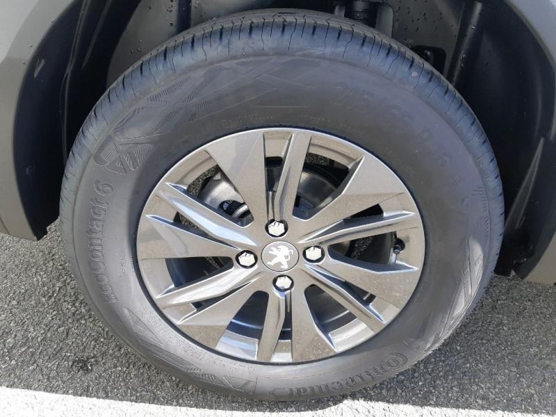 Photo 4 de l'offre de PEUGEOT 2008 1.2 PURETECH 100CH S&S ACTIVE PACK à 20490€ chez Carlyss automobiles Vitré