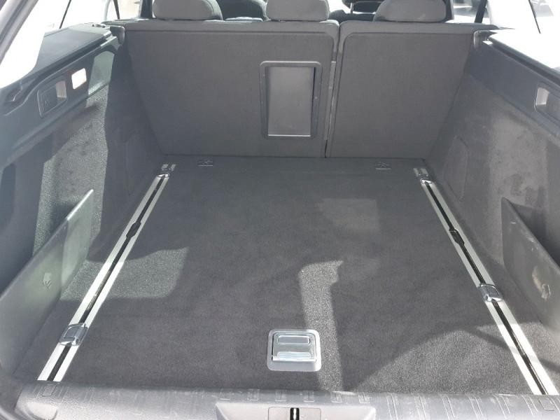Photo 12 de l'offre de PEUGEOT 308 SW 2.0 BLUEHDI 150CH ALLURE S&S EAT6 à 15990€ chez Carlyss automobiles Vitré