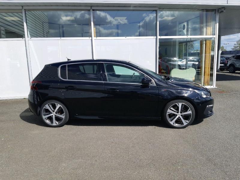Photo 2 de l'offre de PEUGEOT 308 2.0 BLUEHDI 180CH S&S GT EAT8 à 22790€ chez Carlyss automobiles Vitré