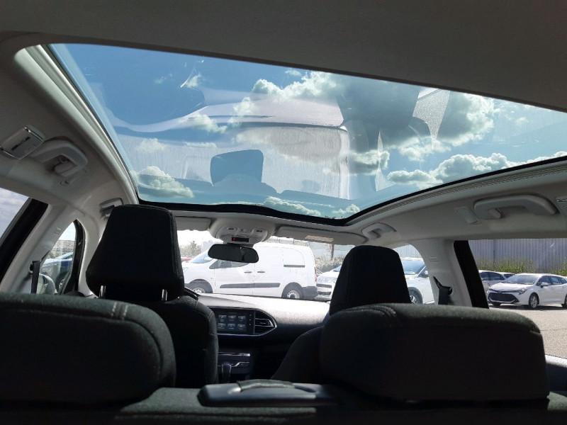 Photo 4 de l'offre de PEUGEOT 308 SW 2.0 BLUEHDI 150CH ALLURE S&S EAT6 à 15990€ chez Carlyss automobiles Vitré
