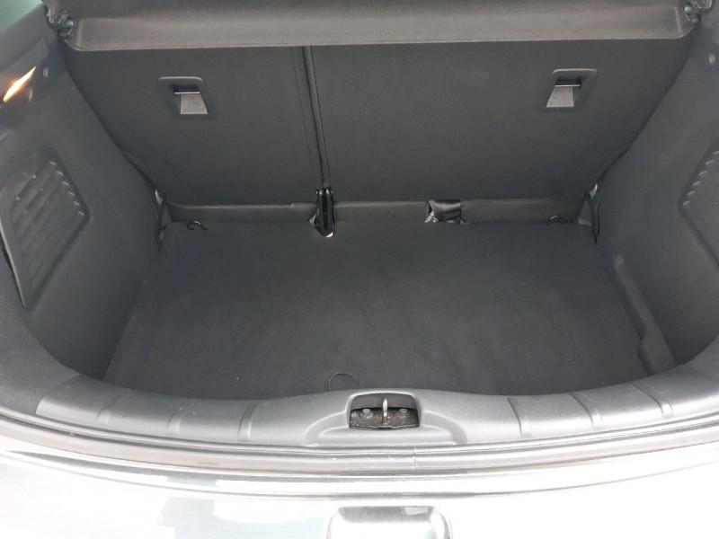 Photo 8 de l'offre de CITROEN C3 BLUEHDI 100 EXCLUSIVE S&S à 10290€ chez Carlyss automobiles Vitré