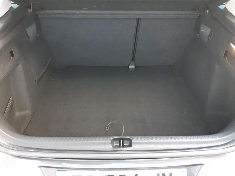 Photo 6 de l'offre de CITROEN C4 BLUEHDI 120CH MILLENIUM BUSINESS S&S à 10790€ chez Carlyss automobiles Vitré