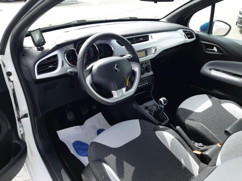 Photo 4 de l'offre de DS DS 3 PURETECH 82CH CHIC à 10990€ chez Carlyss automobiles Vitré