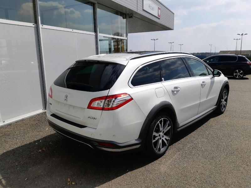Photo 3 de l'offre de PEUGEOT 508 RXH 2.0 E-HDI FAP ETG6 + ELECTRIQUE 37CH EURO6 à 17490€ chez Carlyss automobiles Vitré