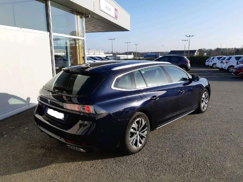 Photo 2 de l'offre de PEUGEOT 508 SW BLUEHDI 130CH S&S ALLURE EAT8 à 25990€ chez Carlyss automobiles Vitré