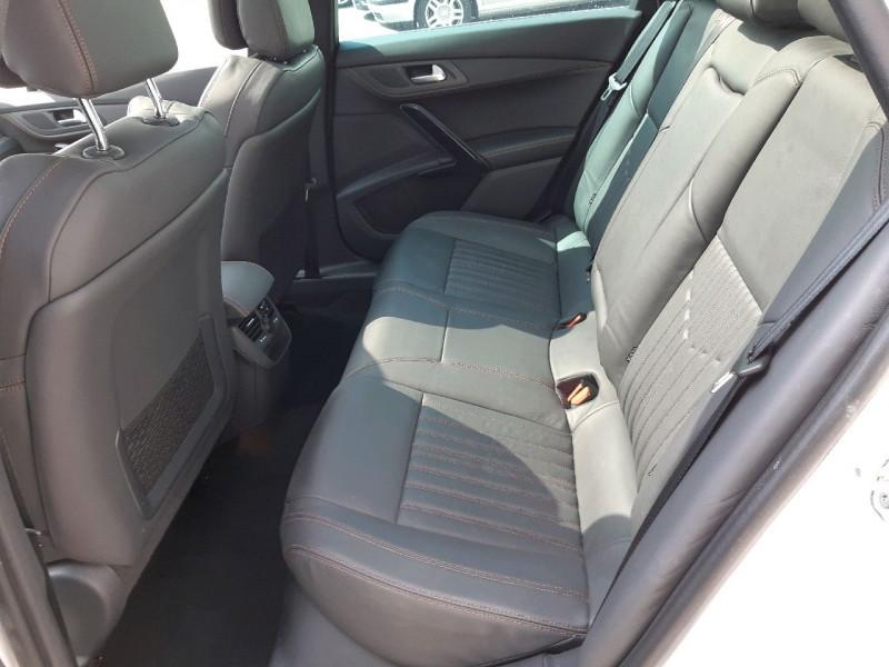 Photo 8 de l'offre de PEUGEOT 508 RXH 2.0 E-HDI FAP ETG6 + ELECTRIQUE 37CH EURO6 à 17490€ chez Carlyss automobiles Vitré