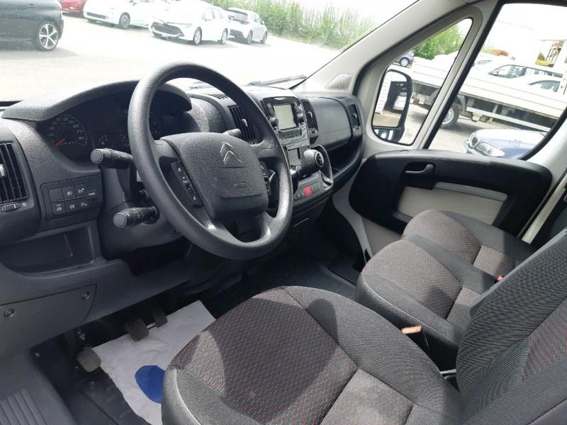 Photo 4 de l'offre de CITROEN JUMPER FG 4-35 L4H2 2.2 BLUEHDI 140 S&S CLUB à 22990€ chez Carlyss automobiles Vitré