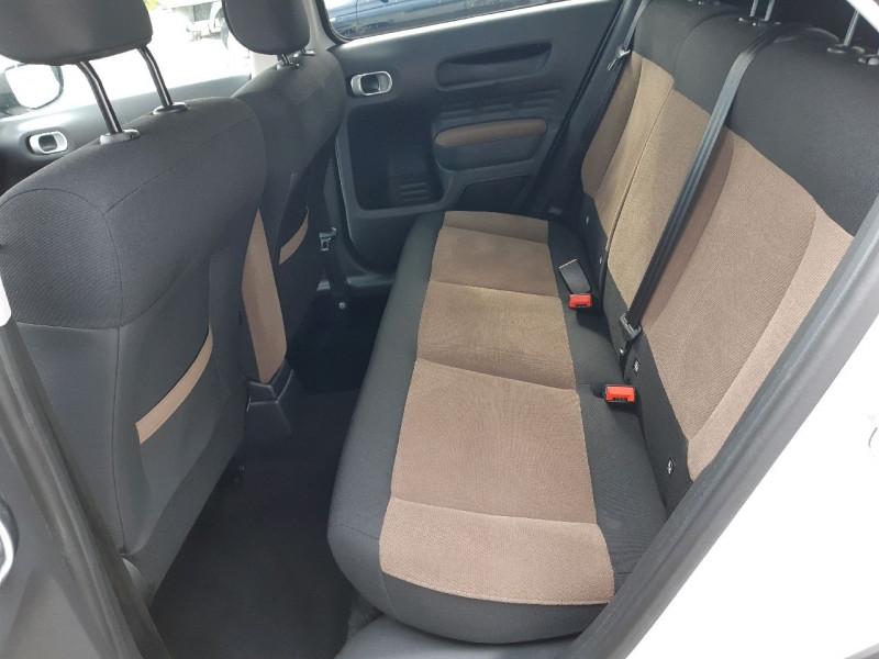 Photo 7 de l'offre de CITROEN C4 CACTUS BLUEHDI 100 SHINE S&S ETG6 à 11290€ chez Carlyss automobiles Vitré