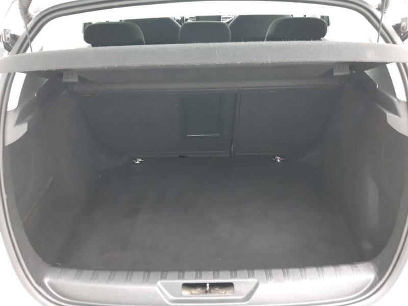 Photo 5 de l'offre de PEUGEOT 308 1.6 BLUEHDI 100CH ACTIVE BUSINESS S&S 5P à 10790€ chez Carlyss automobiles Vitré