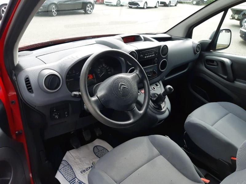 Photo 4 de l'offre de CITROEN BERLINGO 20 L1 1.6 HDI 75 CLUB à 8490€ chez Carlyss automobiles Vitré