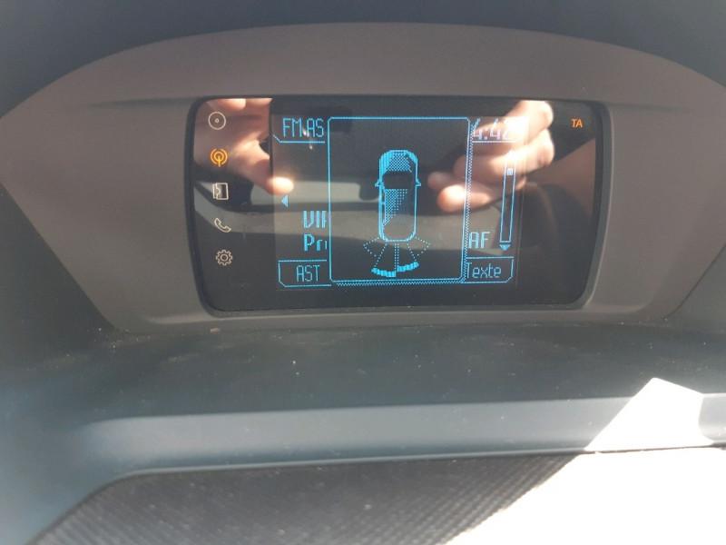 Photo 14 de l'offre de FORD C-MAX 2.0 TDCI 115CH FAP TITANIUM POWERSHIFT à 9490€ chez Carlyss automobiles Vitré