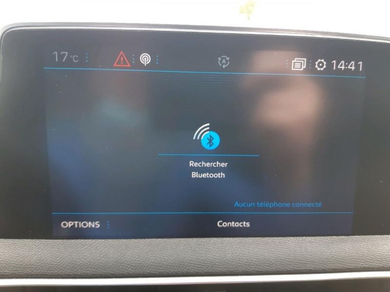 Photo 13 de l'offre de PEUGEOT 3008 1.5 BLUEHDI 130CH E6.C GT LINE S&S à 24990€ chez Carlyss automobiles Vitré
