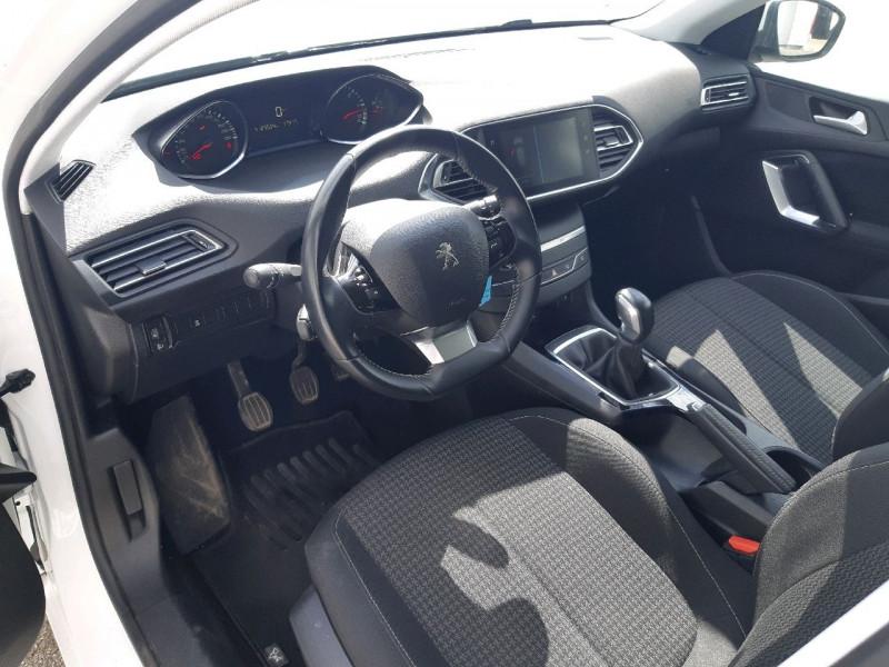 Photo 6 de l'offre de PEUGEOT 308 1.6 BLUEHDI 100CH ACCESS S&S 5P à 10990€ chez Carlyss automobiles Vitré