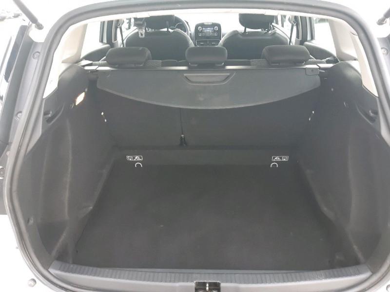 Photo 4 de l'offre de RENAULT CLIO IV ESTATE 1.5 DCI 90CH ENERGY ZEN EURO6C à 8490€ chez Carlyss automobiles Vitré