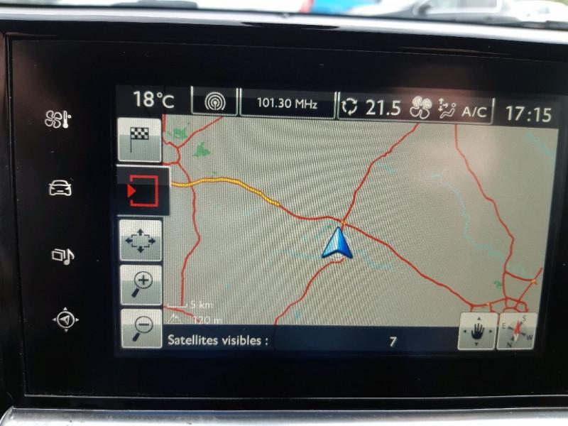 Photo 10 de l'offre de CITROEN C4 CACTUS BLUEHDI 100 SHINE S&S ETG6 à 11290€ chez Carlyss automobiles Vitré