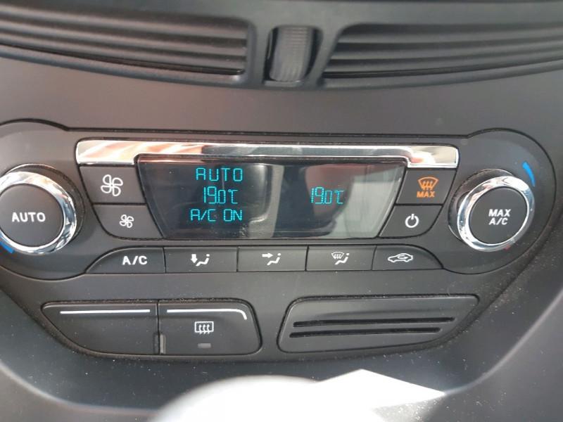 Photo 12 de l'offre de FORD C-MAX 2.0 TDCI 115CH FAP TITANIUM POWERSHIFT à 9490€ chez Carlyss automobiles Vitré