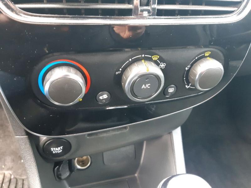 Photo 10 de l'offre de RENAULT CLIO IV ESTATE 1.5 DCI 90CH ENERGY ZEN EURO6C à 9490€ chez Carlyss automobiles Vitré
