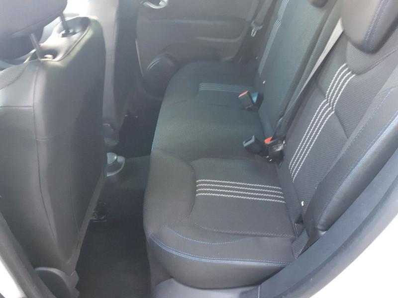 Photo 7 de l'offre de RENAULT CLIO IV 0.9 TCE 90CH INTENS GT LINE 5P à 11290€ chez Carlyss automobiles Vitré