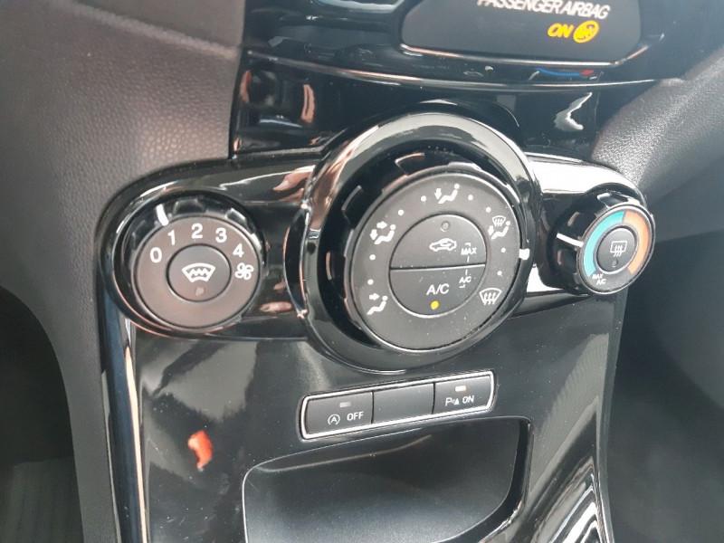 Photo 9 de l'offre de FORD FIESTA 1.0 ECOBOOST 100CH STOP&START TITANIUM 5P à 7290€ chez Carlyss automobiles Vitré