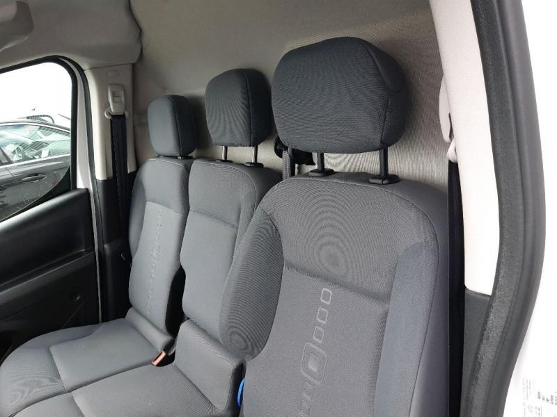 Photo 7 de l'offre de CITROEN BERLINGO XL 1.6 BLUEHDI 100 CLUB à 12390€ chez Carlyss automobiles Vitré