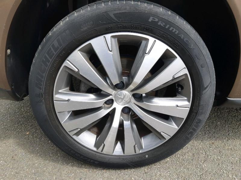 Photo 4 de l'offre de PEUGEOT 3008 2.0 HDI150 FAP ALLURE à 14990€ chez Carlyss automobiles Vitré