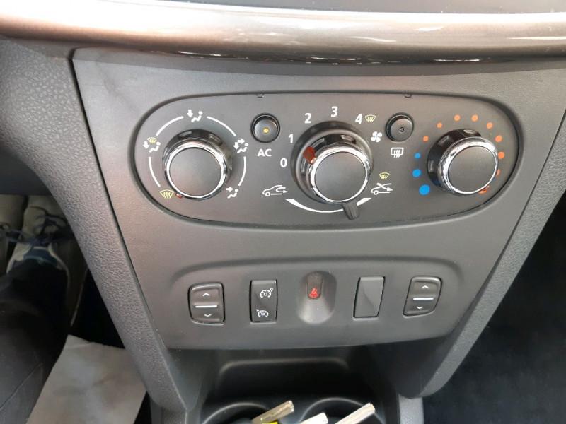 Photo 10 de l'offre de DACIA SANDERO 0.9 TCE 90CH STEPWAY PRESTIGE à 8790€ chez Carlyss automobiles Vitré