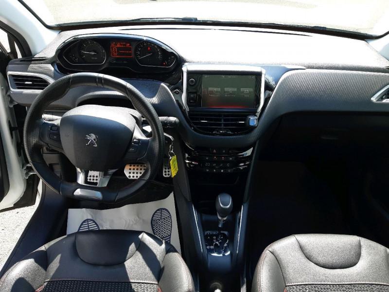 Photo 10 de l'offre de PEUGEOT 208 1.2 PURETECH 110CH GT LINE S&S EAT6 5CV 5P à 13790€ chez Carlyss automobiles Vitré