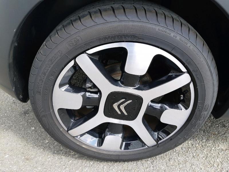 Photo 4 de l'offre de CITROEN C3 PURETECH 110CH ELLE S&S EAT6 E6.D-TEMP 114G à 15490€ chez Carlyss automobiles Vitré