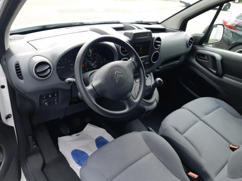 Photo 6 de l'offre de CITROEN BERLINGO XL 1.6 BLUEHDI 100 CLUB à 12390€ chez Carlyss automobiles Vitré